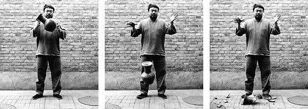 Ai-Weiwei-Dropping-a-Han--001.jpg