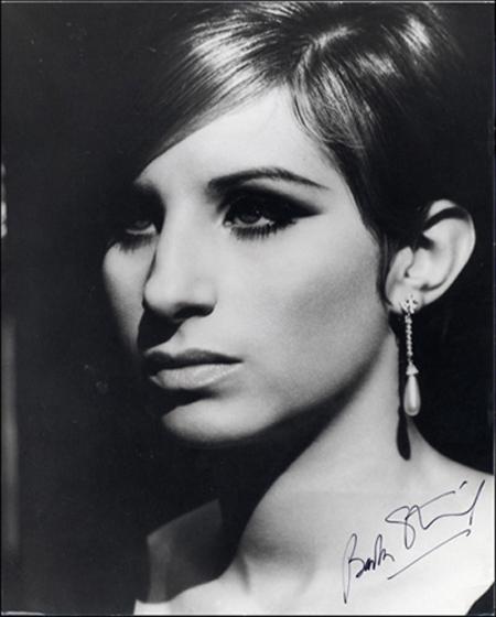 Barbra-Streisand-barbra-streisand-6211110-450-560.jpg