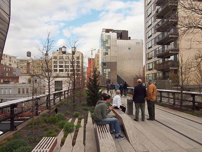 Highline2_sm.jpg