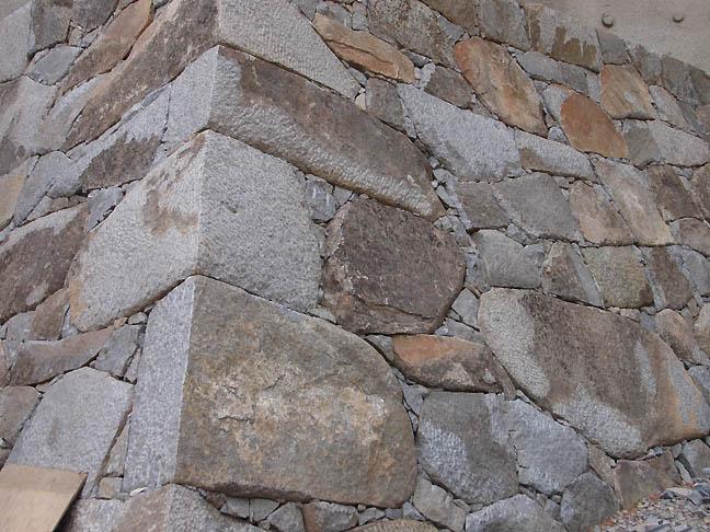 JG5_castle_wall_sm.jpg