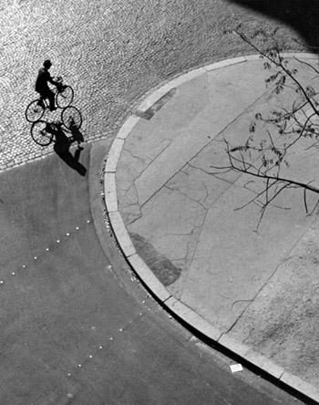 Kertesz_bike.jpg