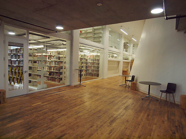 Oustide_library_pnca_s.jpg