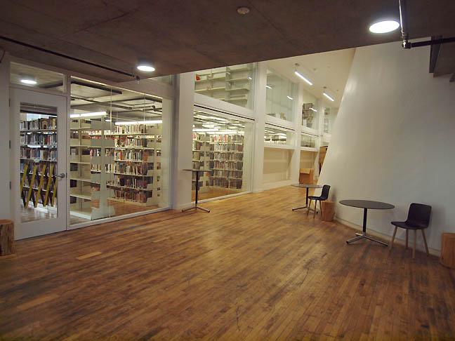 Oustide_library_pnca_s.jpg