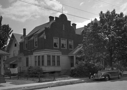 RP_832-Front-Street-1940's.jpg