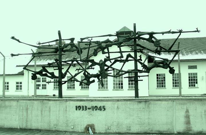 Sculpture_-_Dachau_sm.jpg
